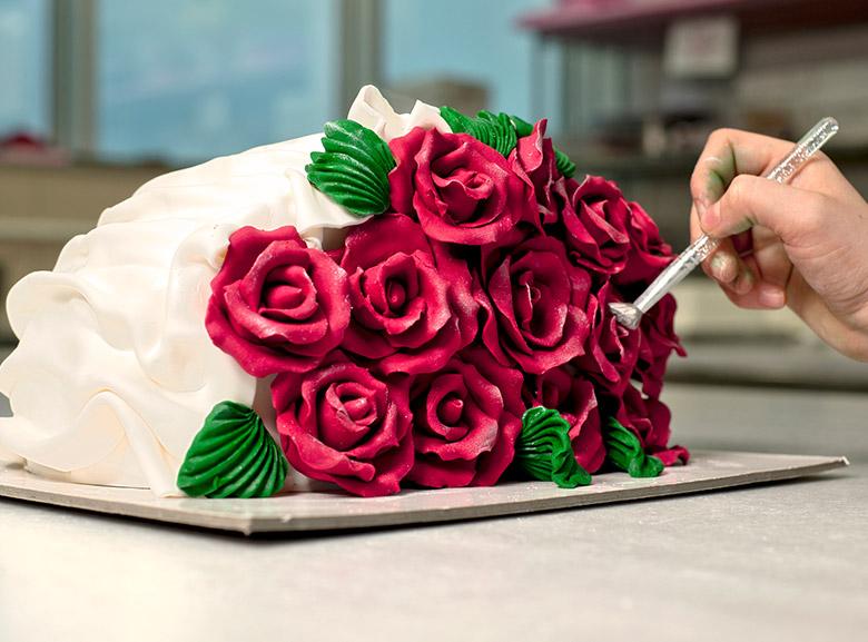 Cake Decorating Competition Tv Show : Hiring Cake Decorators Dawn Foods