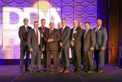 Dawn Names Stratas Foods as 2017 Vendor of the Year