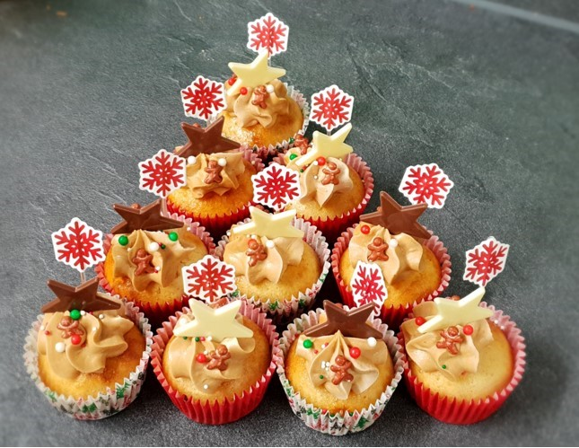 Irish Coffee & Vanilla Christmas cupcakes