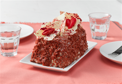 Red Kiss Cake