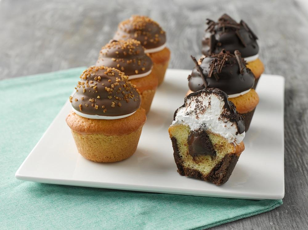 Creme Cake delight muffins LR