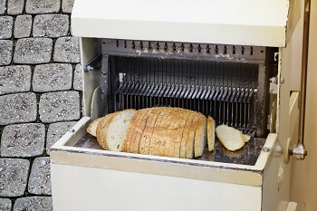 SLICED BREAD MACHINE